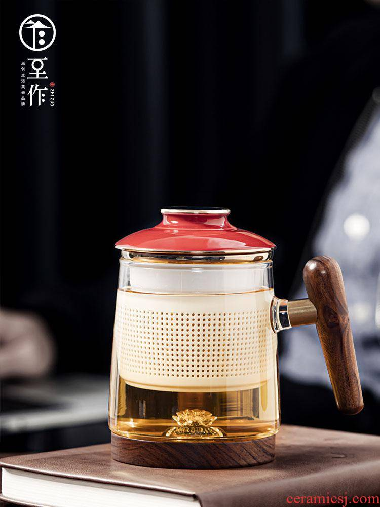 Auspicious tea cup of tea to separate office cup with cover glass ceramic bladder wooden household cup in hand