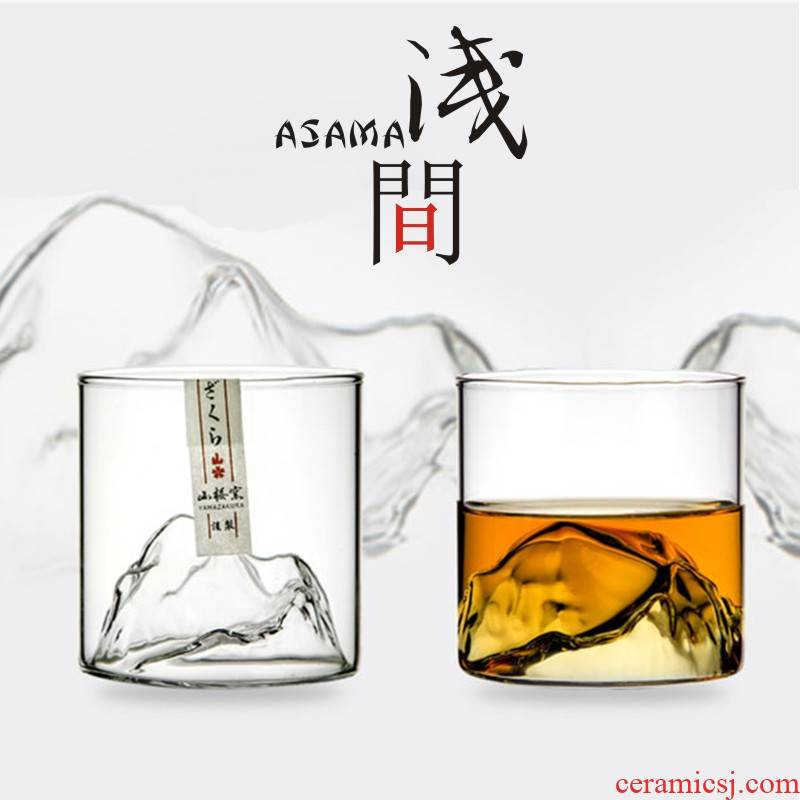 Shallow mountain cup edo glass master cup single cup between small mountains sakura up view series glass cups in Japanese