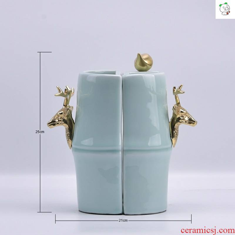 Nordic 2019 new Chinese style soft adornment is placed between the post - modern floor example study bookcase deer cooper ceramics