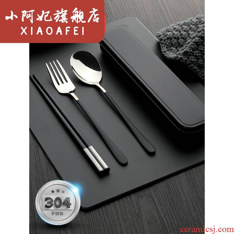 Single carry chopsticks spoons fork suit students receive a stainless steel travel children three - piece cutlery box
