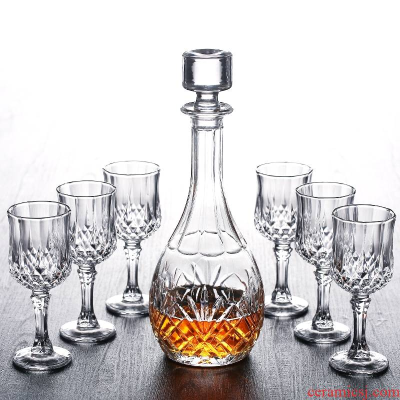 Hk xin rui European whiskey glass, the glass goblet liquor cup of the wine bottle wine wine cup of wine