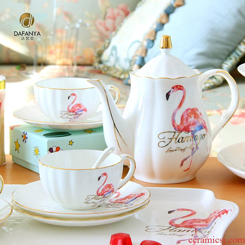 The flamingo suit European cups tea coffee set English afternoon tea coffee cup set household teapot and pure and fresh