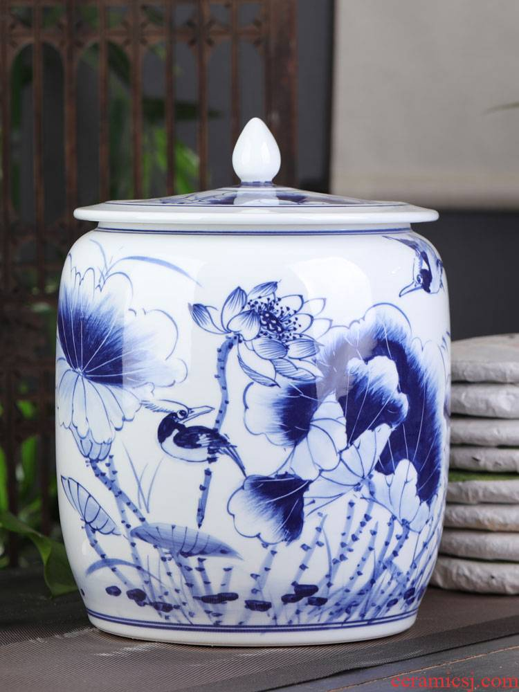 Jingdezhen blue and white porcelain hand - made lotus caddy fixings large household ceramic tea urn storage tanks with cover puer tea cake