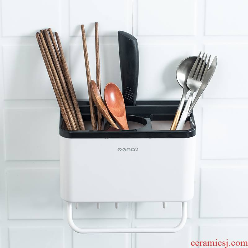 Chopsticks are compared. The hanging in household Chopsticks box Chopsticks tube of kitchen utensils spoon, receive a case shelf Chopsticks box son drop