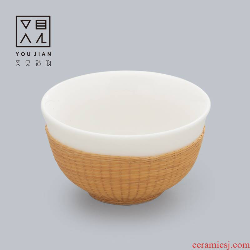 And creation of kung fu tea set ceramic cups porcelain body checking bamboo has white porcelain cup with buckle, porcelain teacup