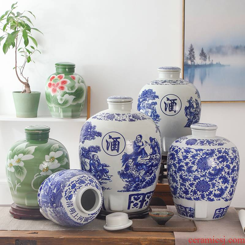 Blue and white porcelain jars of jingdezhen ceramic bottle aged wine into 10 jins 50 kg sealed empty wine tanks have the dragon 's head