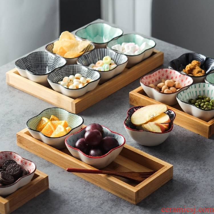 Ceramic snack dried fruit tray was Japanese and wind means dish creative before afternoon tea heart dish restaurant dish of sauce bowl
