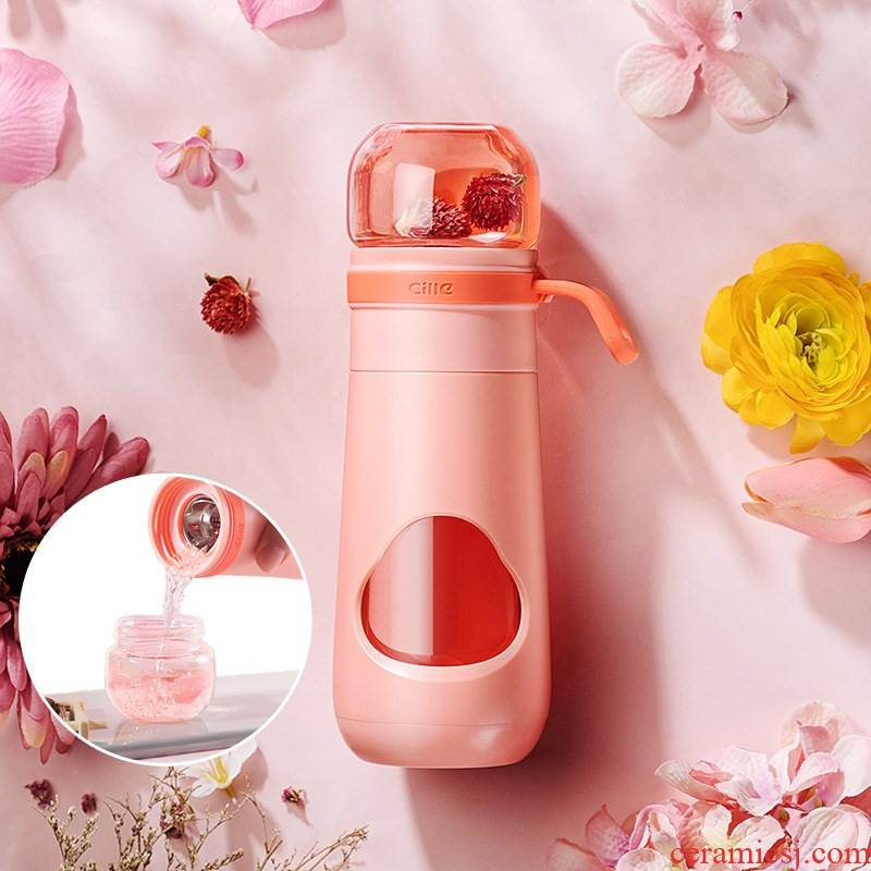 An Artifact lazy cup tea tea tea separation ms accompanied cup cup elegant fashion isolation cup