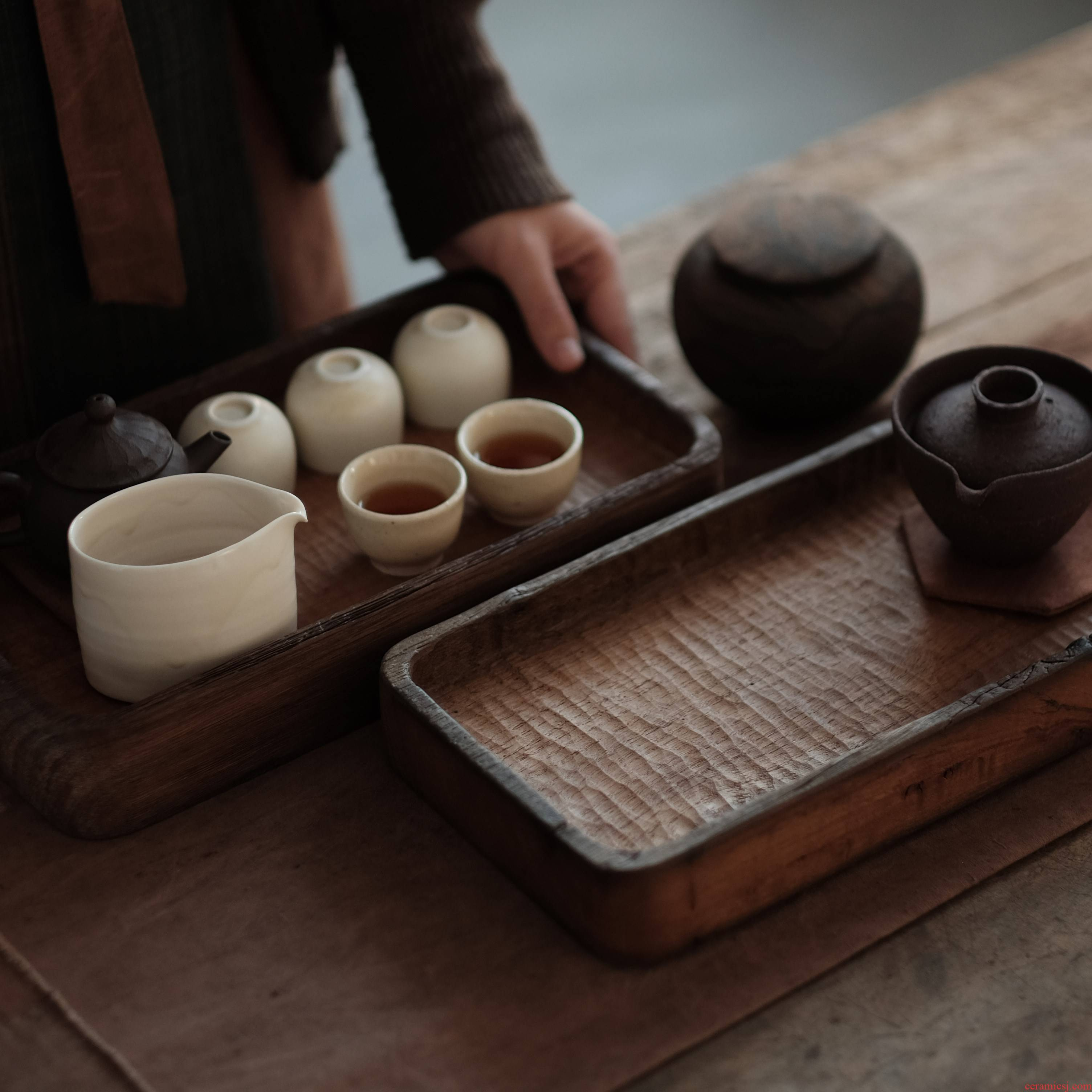 Artisans to their boxes of old plant tea tray tray wood weathering the whole wood all hand made chisel orphan works rectangle tea boxes
