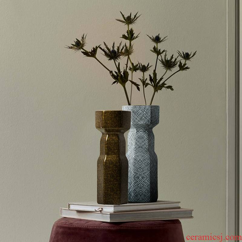 Light soft outfit vase key-2 luxury furnishing articles ceramic sitting room adornment example room geometry European American porch ark hotel