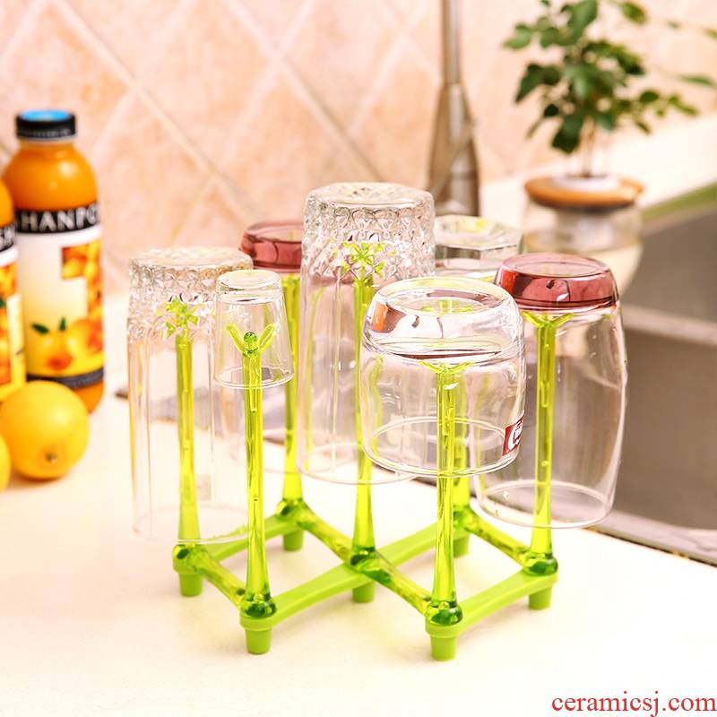 Glass hanging frame Glass beverage holder receives crossover vehicle frame cupholders creative drop Glass shelf 7 cups of a shelf
