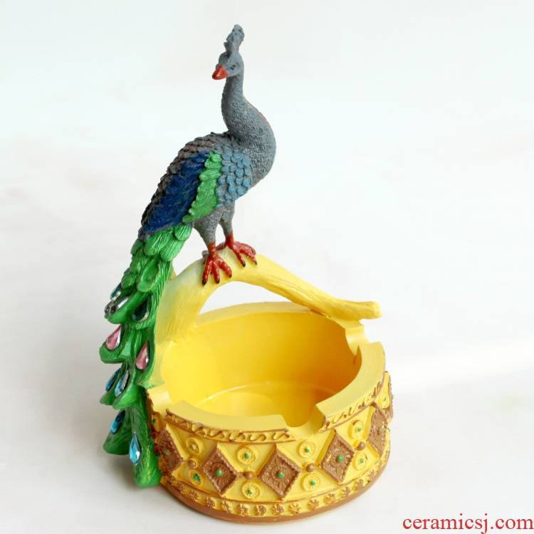 Creative peacock ashtray southeast Asia style tea table trinkets, furnishing articles mini animal decoration of resin