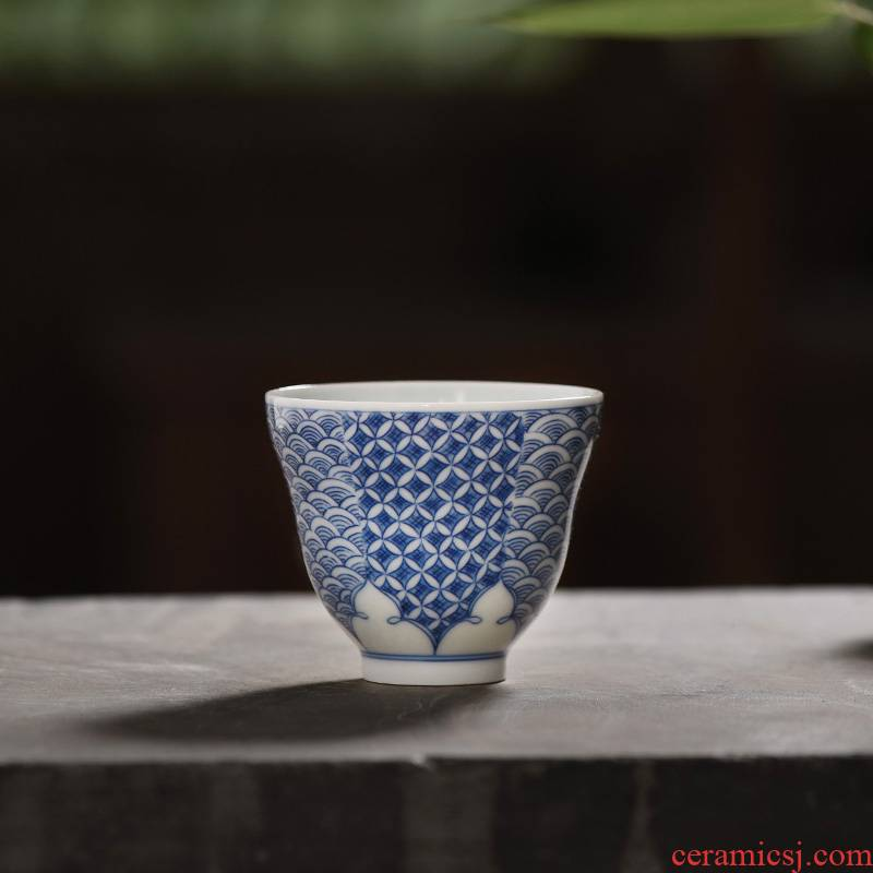 JingJun jingdezhen ceramic cups kung fu masters cup hand - made waves of blue and white porcelain porcelain texture sample tea cup of tea