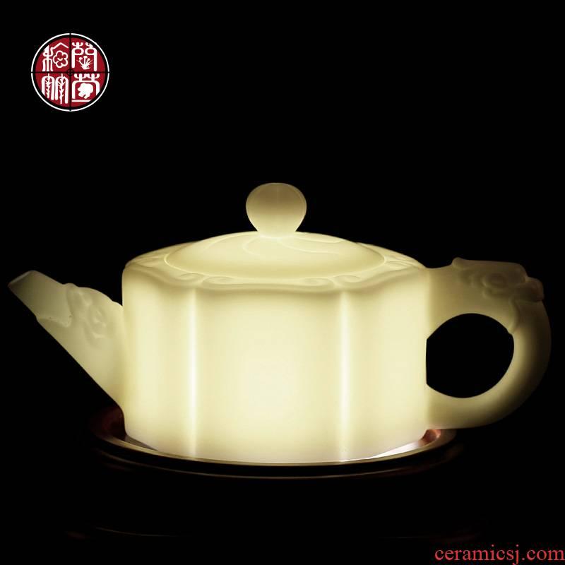 De - gen Chen white porcelain kung fu tea set household pure manual single pot of dehua porcelain white suet jade ruyi teapots