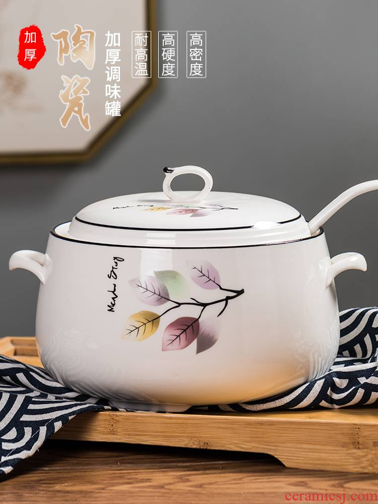 High temperature resistant ceramic household with cover as the seal flavor pot with handles pepper, cooking oil, can in the kitchen
