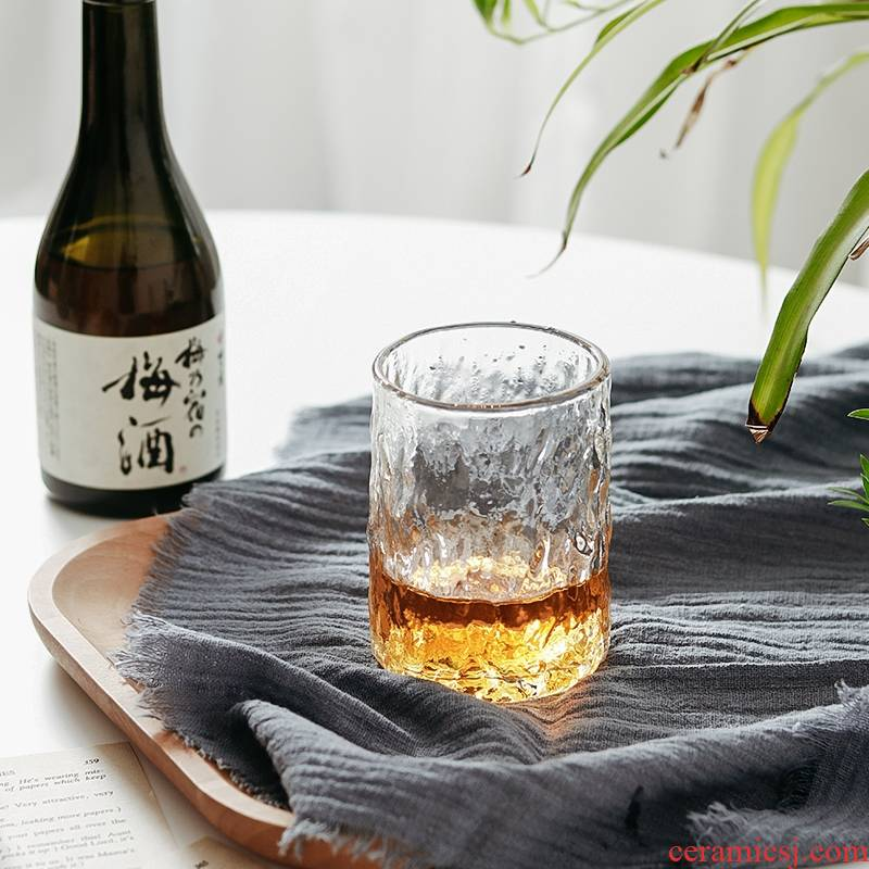 A String of guest Japanese tree grain Pyrex glass beer keller cup of green tea juice cup glass the glass of whisky