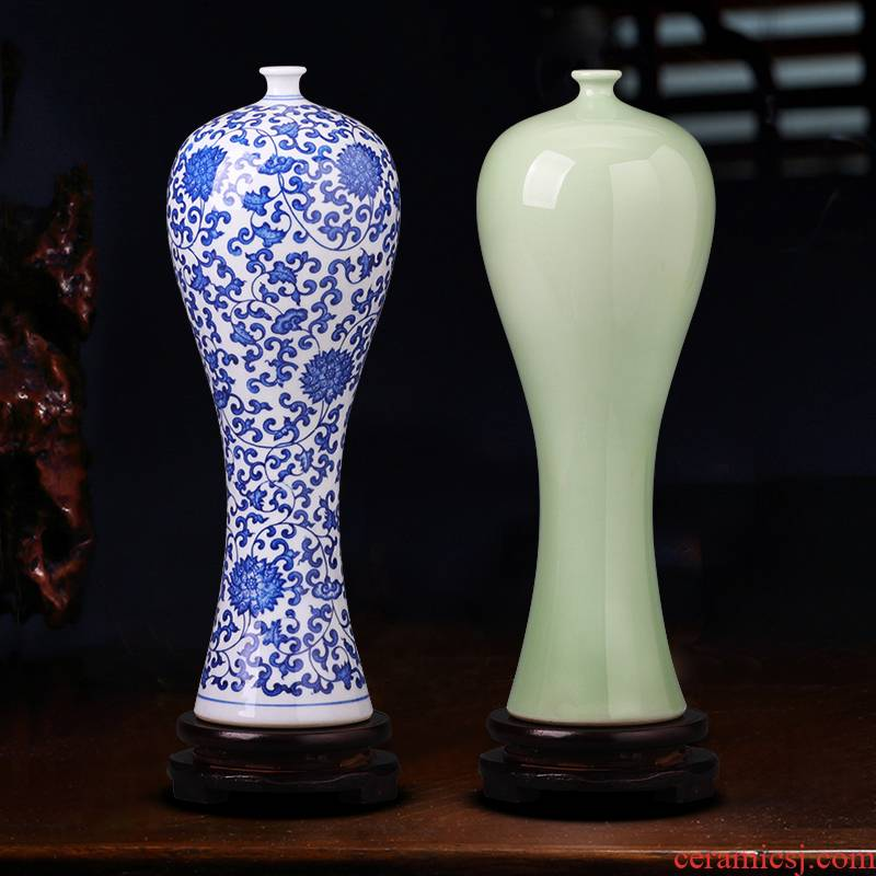 Jingdezhen ceramics blue and white porcelain vase beauty wine bottle arranging flowers sitting room furnishing articles I household adornment