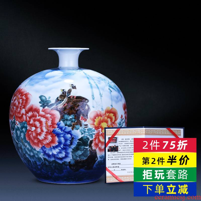 Jingdezhen ceramics hand - made the sitting room of Chinese style household wealth auspicious pomegranates of blue and white porcelain vase TV ark, furnishing articles
