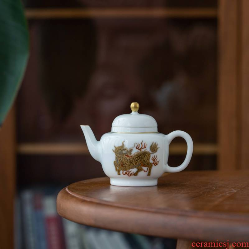 Lane. 106 gold kylin mud gas up porcelain ihs DengHu. The Capacity of 100 ml. Jingdezhen tea sets