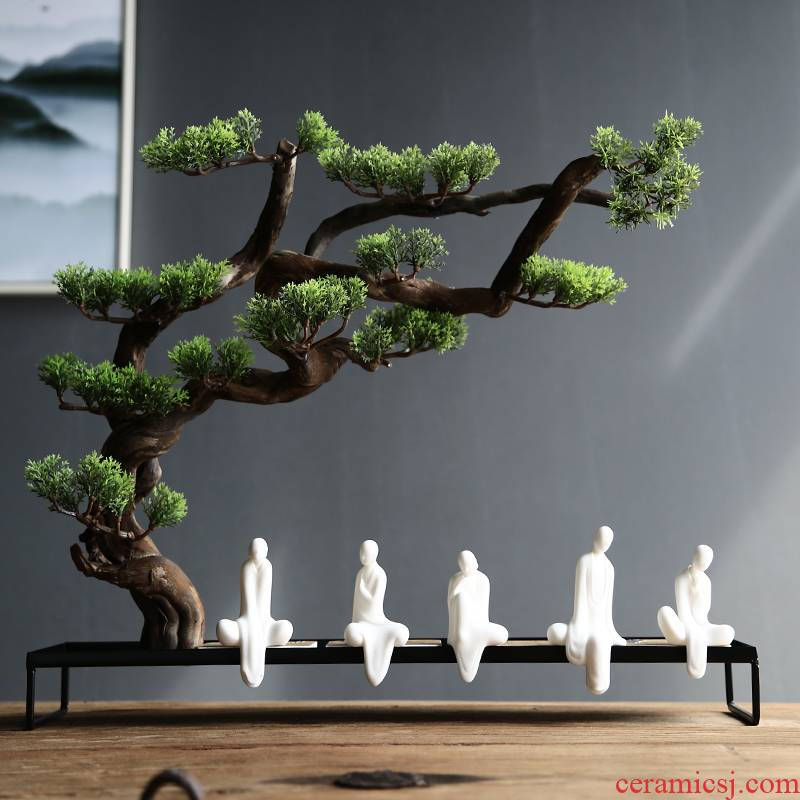 Yipin thousand hall without that little monk creative play in pet white porcelain tea suet jade zen monk tea art household furnishing articles