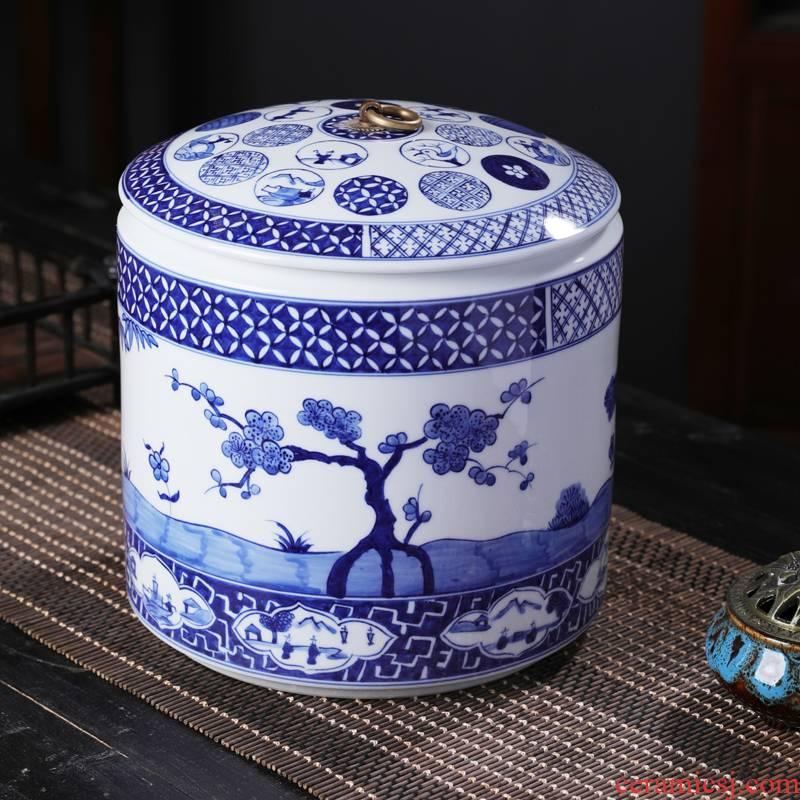 Blue and white porcelain tea pot 2 jins of ceramic containers of tea tea boxes of jingdezhen big tea urn