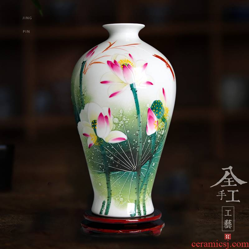 Jingdezhen ceramics famous masterpieces famille rose porcelain hand - made vases, home sitting room porch decoration handicraft furnishing articles