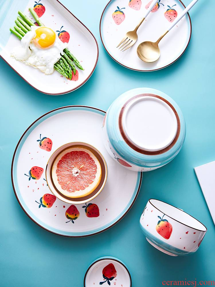Creative European strawberry ceramic dishes home plate and lovely young girl heart single dish dish the breakfast table for dinner