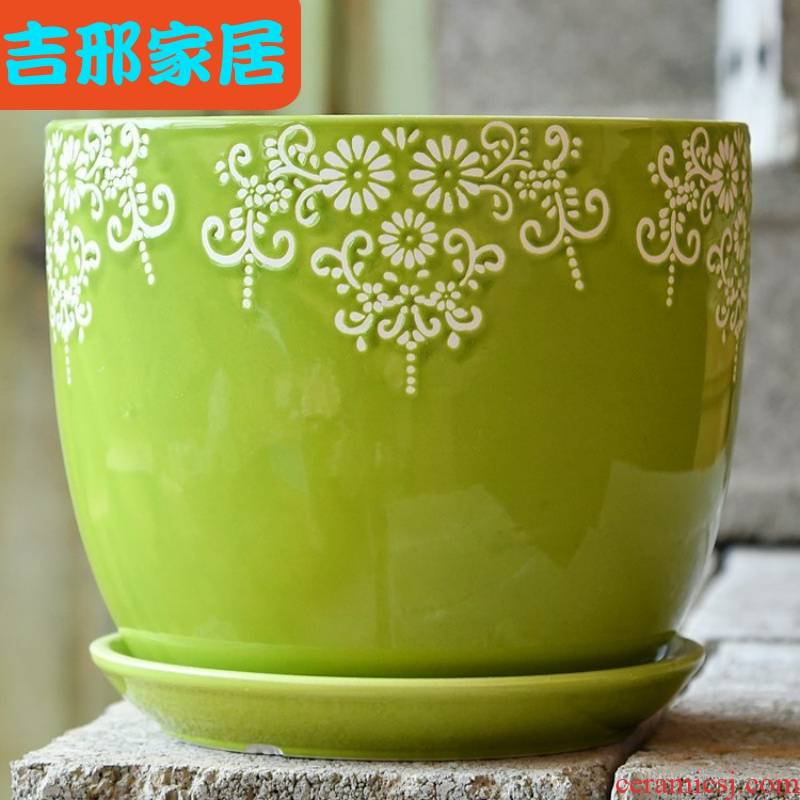 A large pot with household ceramics, special ceramics other tray plastic fleshy flower of bracketplant of the basin