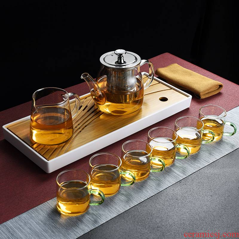 Old kung fu tea set, high temperature resistant glass at the home of the big cooking pot cup a pot of tea tray tray two cups
