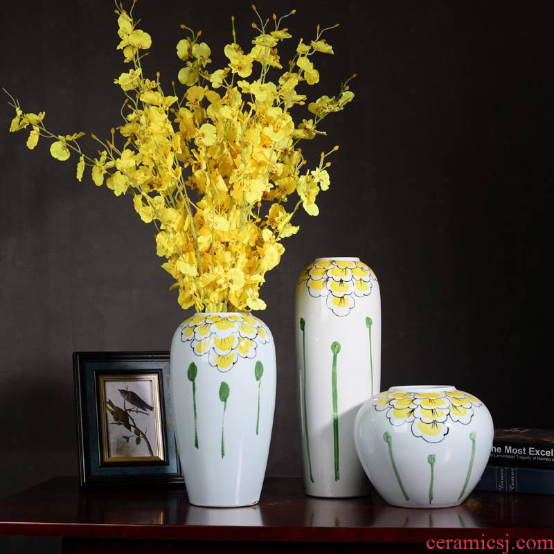 Jingdezhen ceramic vase hand - made furnishing articles of modern Chinese style living room TV cabinet lucky bamboo dried flowers home decoration