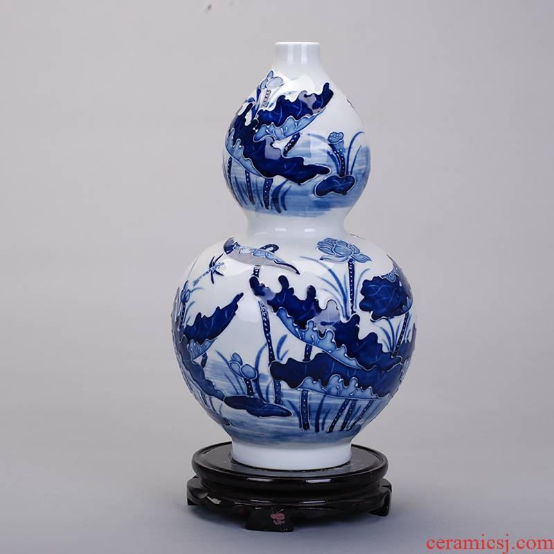 075 carved antique vase of blue and white porcelain of jingdezhen ceramic fashion household handicraft furnishing articles sitting room