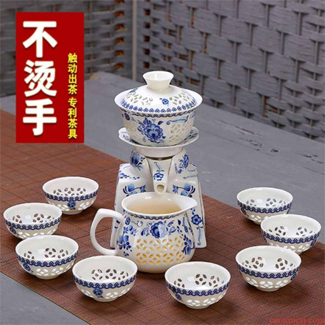 Semi - automatic household kung fu tea sets fit Chinese blue - and - white lazy kung fu tea set coarse pottery against the hot tea