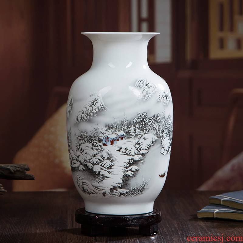 Jingdezhen ceramics glaze famille rose flower vase is placed on household decorates sitting room ark decoration arts and crafts