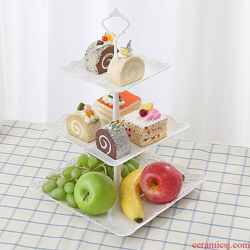 European three the layers of fruit bowl afternoon tea tray was heart dessert furnishing articles multi - layer cake sitting room is worn basin of dried fruit