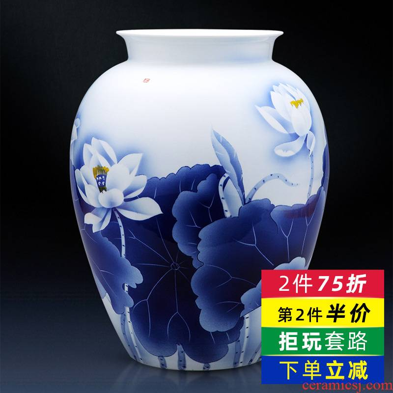 Jingdezhen blue and white porcelain vase expressions using furnishing articles creative hand - made ceramics lotus sitting room of Chinese style household ornaments