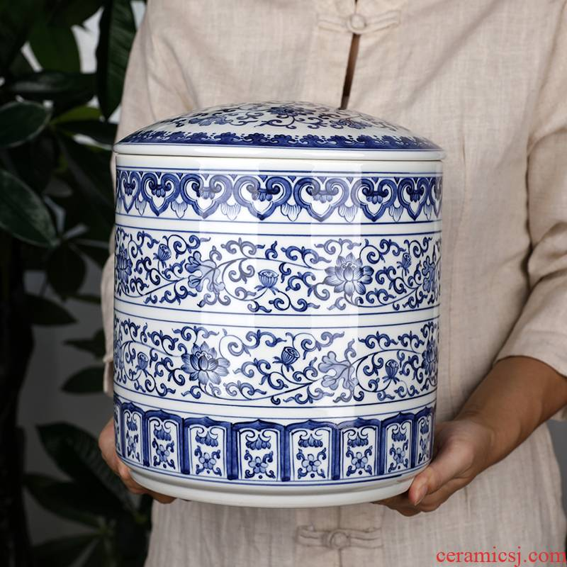 Retro creative seven loaves caddy fixings of blue and white porcelain ceramic big yards two jins of pu 'er tea pot package installed storage tanks