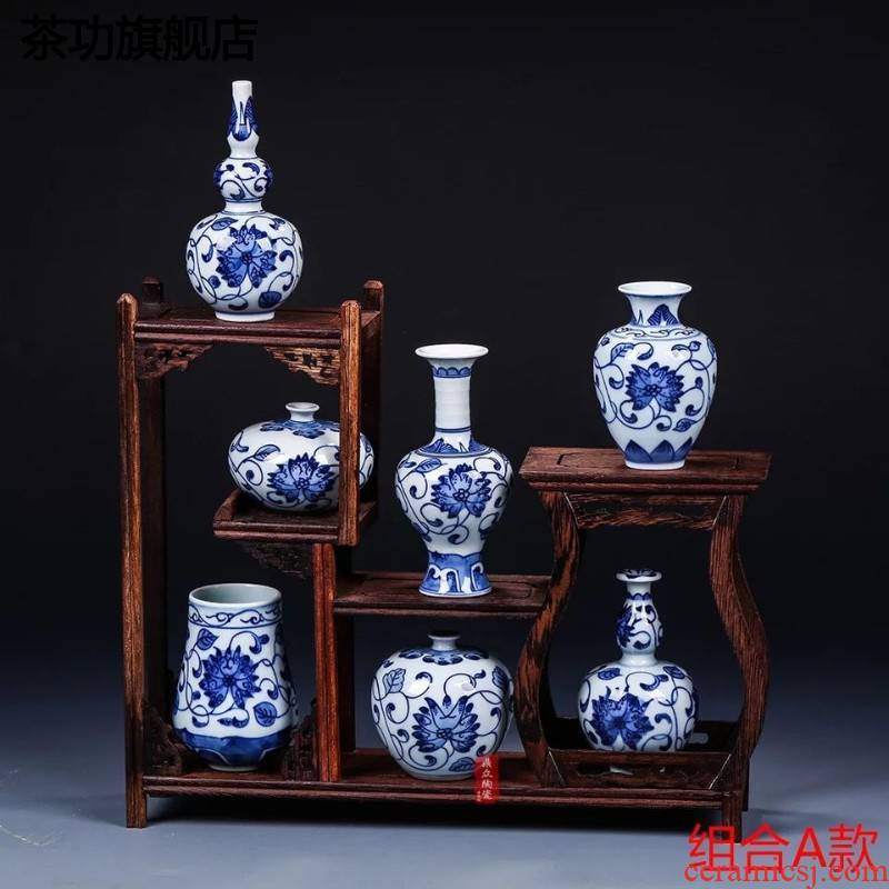 Jingdezhen ceramics antique blue - and - white hand - made mini floret bottle of flower tea hydroponic adornment handicraft furnishing articles