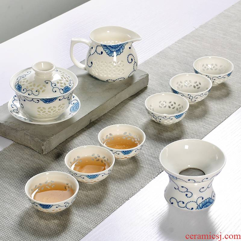 The Art of exquisite of a complete set of kung fu tea set ceramic tureen fair blue and white porcelain cup small sample tea cup filter