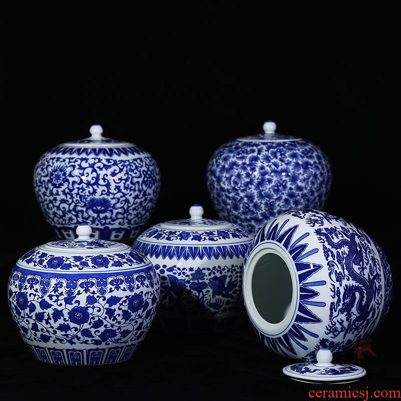 Jingdezhen ceramics antique blue - and - white storage tank candy jar with cover seal pot household act the role ofing is tasted furnishing articles in the living room