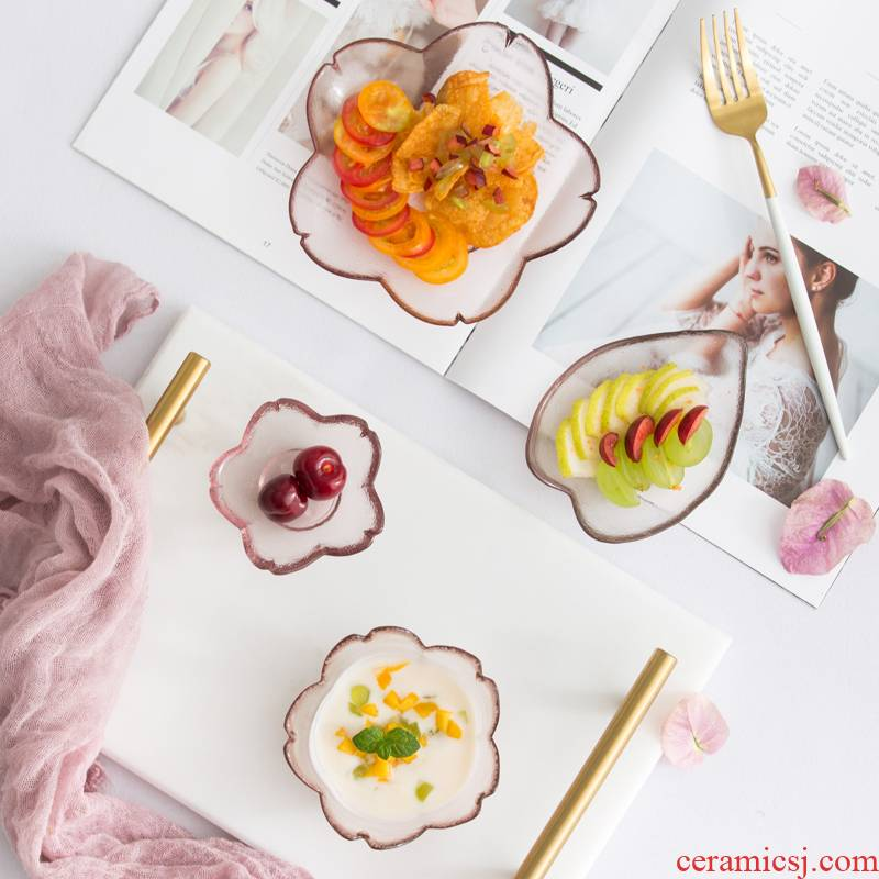 The Small Japanese cuisine dishes YingHuaBan dessert taste dish of sauce vinegar dish of dip snack plate creative glass tableware