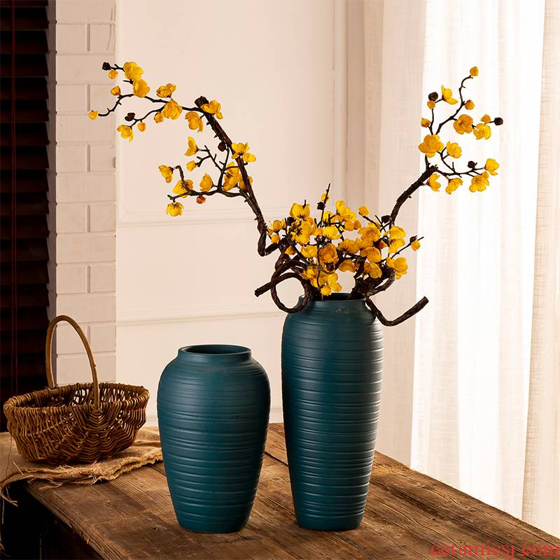 Jingdezhen vase creative home furnishing articles dried flowers decorate the sitting room ceramic flower arrangement China antique pottery coarse pottery