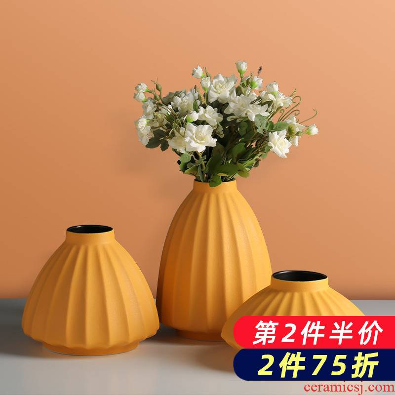 Dried flower vases, pottery and porcelain the Nordic idea ins office decoration contracted and I household wind flower arranging furnishing articles in the living room