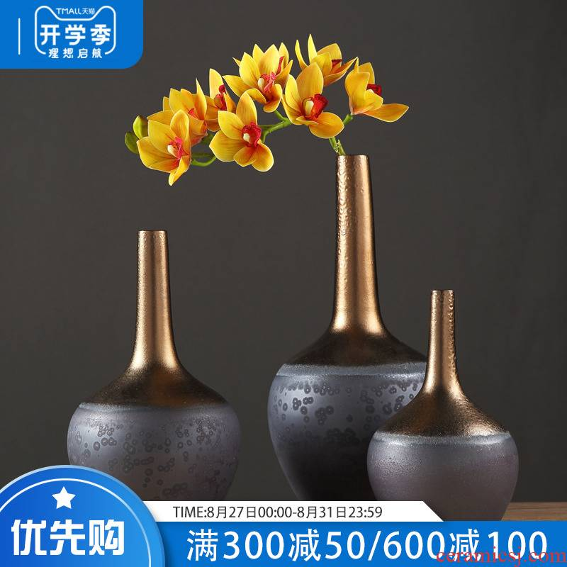 Restore ancient ways American sitting room hotel ceramic vase of dry flower arranging place to live in the sitting room porch soft decoration of exhibition hall