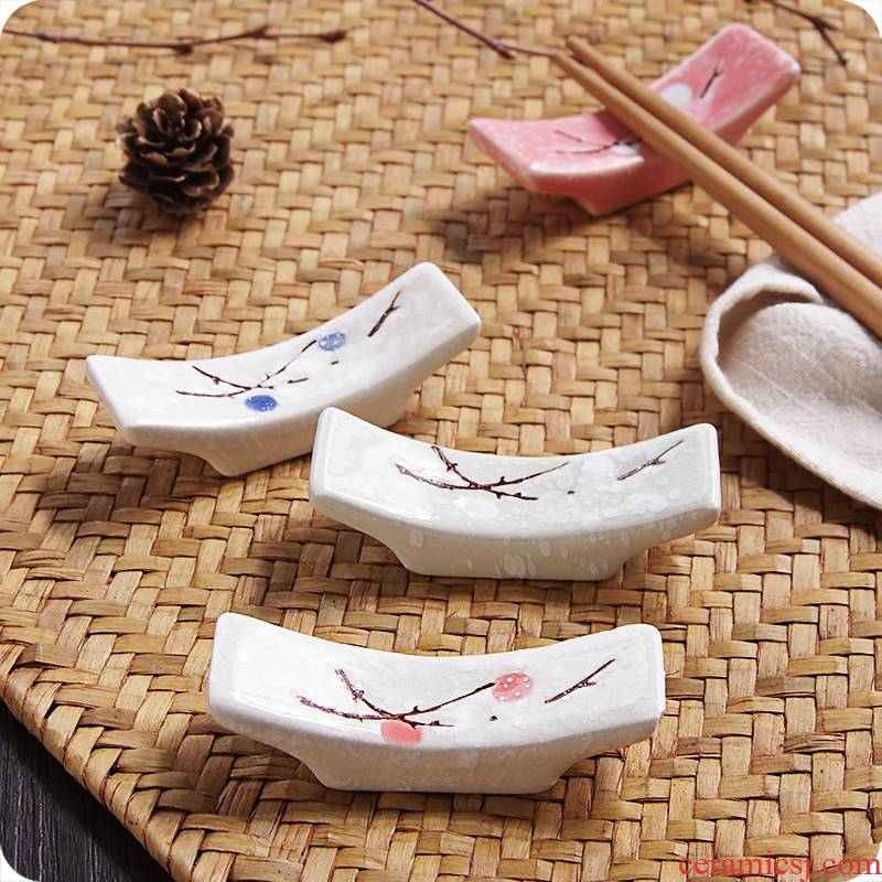 J together scene Japanese name plum flower chopsticks holder hold chopsticks pillow creative kitchen ceramic chopsticks chopsticks spoons chopsticks tableware frame