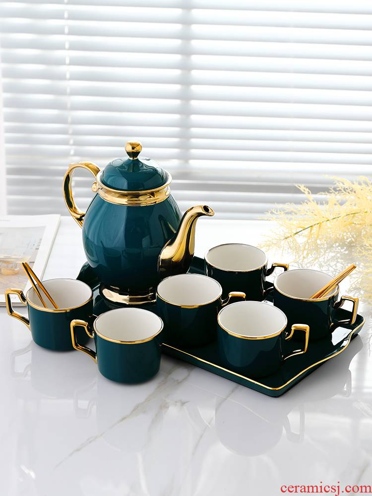 Small key-2 luxury European - style household ceramic coffee set with tray was English afternoon tea tea cups of coffee cup
