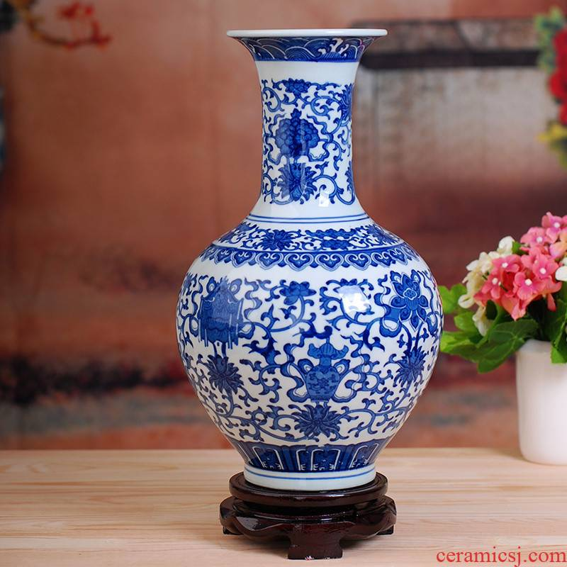 Jingdezhen ceramic antique porcelain bottle furnishing articles of modern fashionable household decoration is a sitting room adornment handicraft