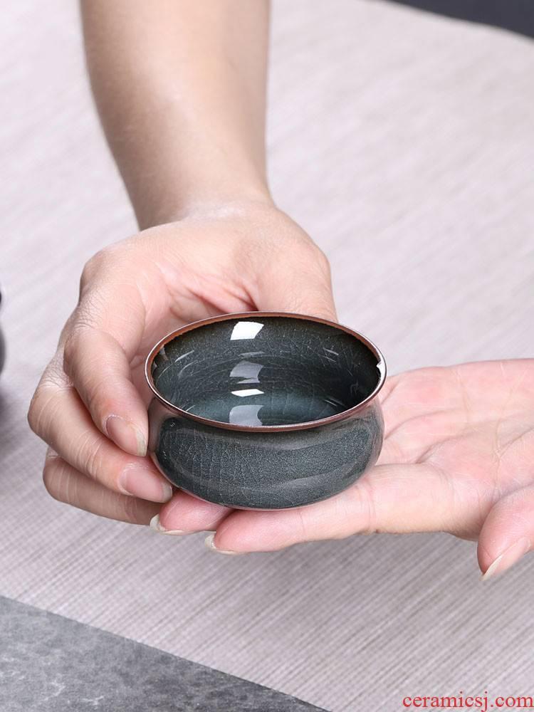 Poly real scene brother celadon master cup single CPU ceramic up tire iron kung fu tea sample tea cup ice crack pu 'er tea
