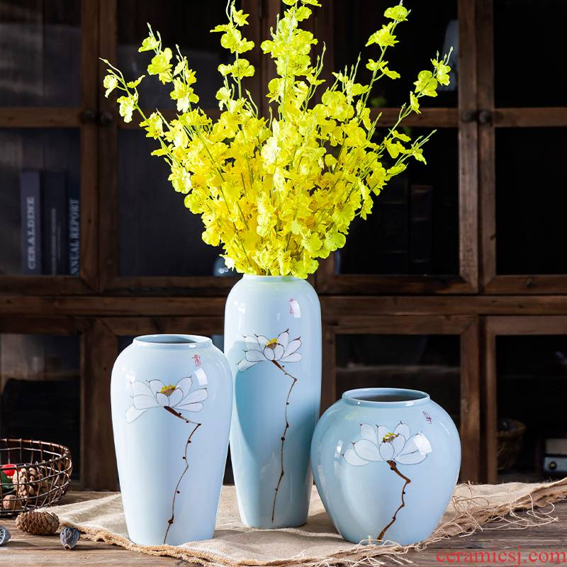 Jingdezhen northern wind ceramic creative furnishing articles sitting room desktop simulation flower vase flowers home decoration decoration