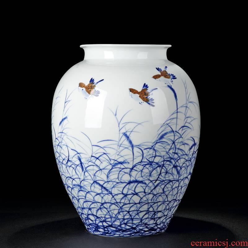 Jingdezhen blue and white glaze vase vase colorful hand - drawn mesa