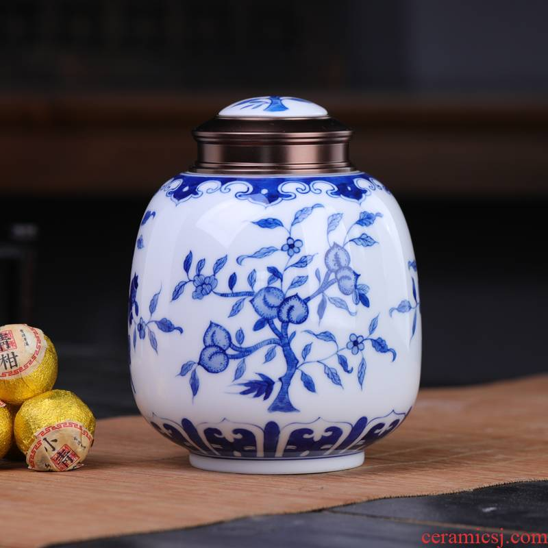 Three fruit of jingdezhen blue and white porcelain tea pot sealed as cans ceramic large household air tank scattered tea storage tanks
